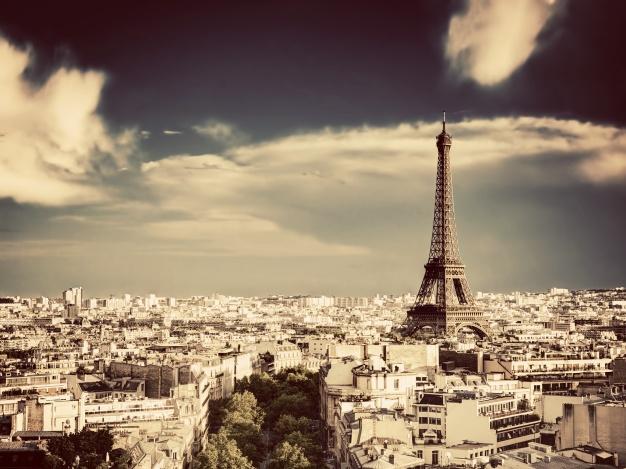 Prix l'immobilier à Paris: le cap de 11000 euros/m2 atteint